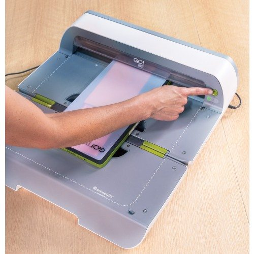 Accuquilt Go Big Fabric Cutter Electric For Patchwork