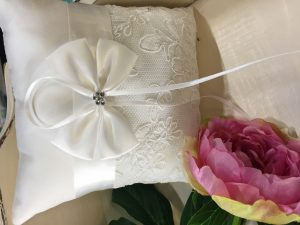 Ring Cushion Lace Ribbon