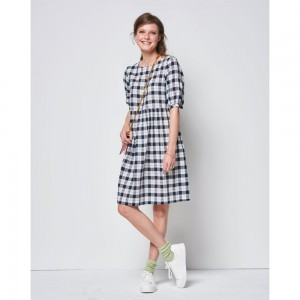 burda-swing-dress-pattern-b6401-av2